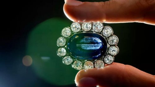 Going, going, gone! Napoleon's daughter's extravagant jewellery sold for €1.37m