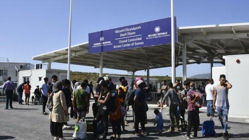 Grèce: sur l'île de Samos, les migrants découvrent leur nouveau centre aux allures de «prison»