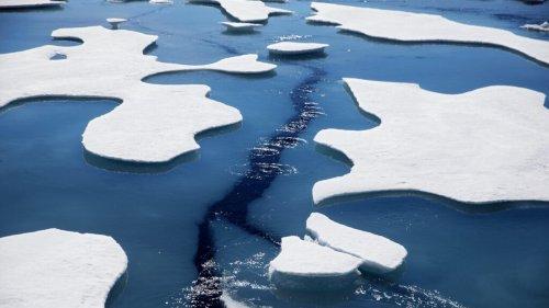 Les particules de carbone noir présentes dans le fioul accélèrent la fonte des glaces en Arctique