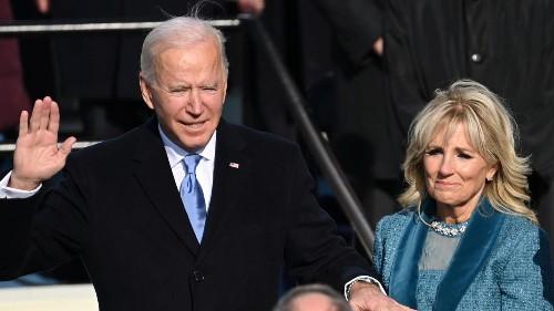 «В Америке наступил новый день»: Джо Байден вступил в должность президента США