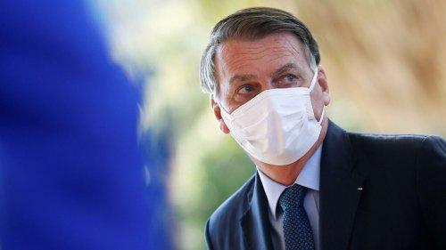 """Linha Direta - """"Bolsonaro não está dando os anéis, mas os dedos para tentar salvar o braço"""", diz cientista política"""