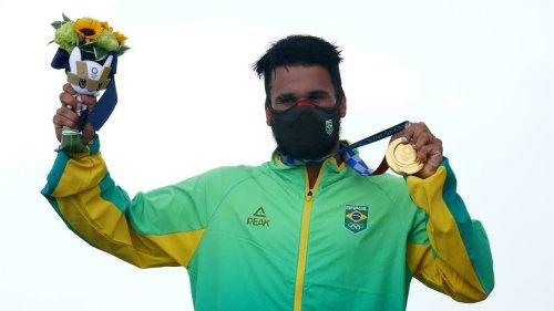 Tóquio-2020: brasileiro Ítalo Ferreira conquista primeiro ouro olímpico da história do surfe