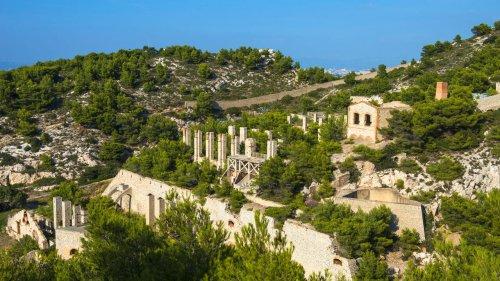 Rendez-vous culture - La Friche de l'Escalette, un parc d'art contemporain au cœur des Calanques de Marseille