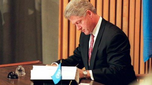 Ex-presidente Bill Clinton se recupera após hospitalização nos EUA