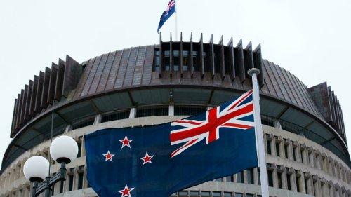 """New Zealand tỏ ý """"không thoải mái"""" với việc tăng cường liên minh tinh báo Five Eyes"""