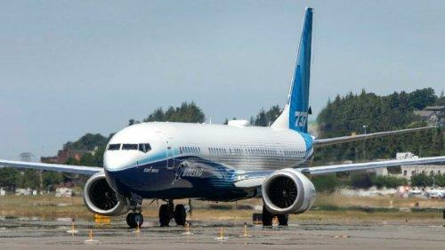 EUA: Justiça indicia ex-piloto que induziu a erro em certificação do Boeing 737 MAX