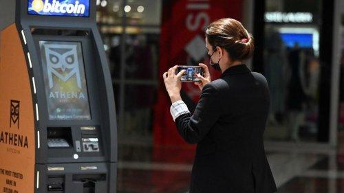 Economia - Revolução das moedas digitais já está em curso e ameaça o sistema bancário tradicional