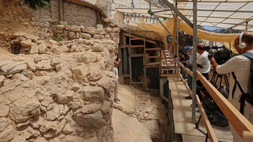 Arqueólogos descobrem novos pedaços de muralha da antiga Jerusalém