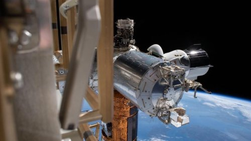 EU reveals ambitious project to build and print objects in space