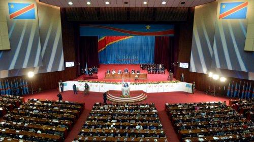 RDC: l'Assemblée nationale annonce que les 500 voitures ne seront plus des cadeaux