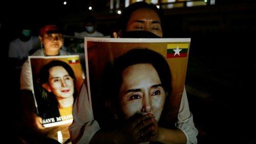 Thaïlande: trois journalistes et deux militants birmans menacés d'être renvoyés en Birmanie