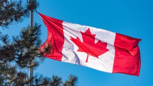 Canada: plusieurs centaines de personnes protestent contre la lenteur du système d'immigration