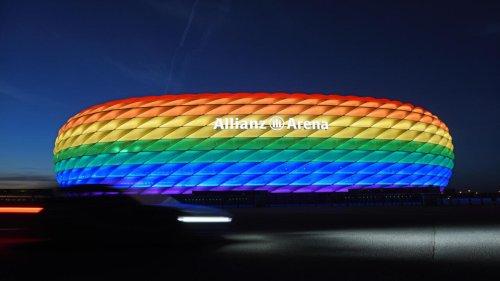 В Елисейском дворце сожалеют из-за запрета УЕФА на освещение стадиона Мюнхена цветами радуги
