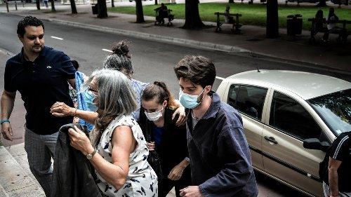 Сотни тысяч человек требуют свободы для француженки, убившей отчима-насильника