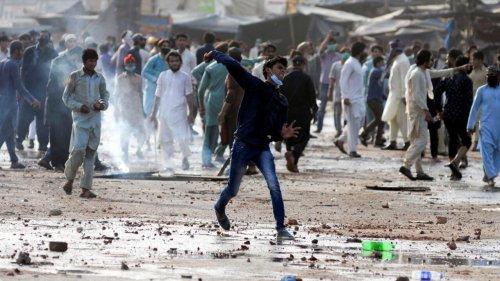 Pakistan: Paris conseille à ses ressortissants de partir après des manifestations anti-françaises