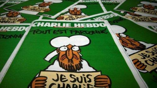 Mulher vestida com camiseta do Charlie Hebdo é atacada em Londres