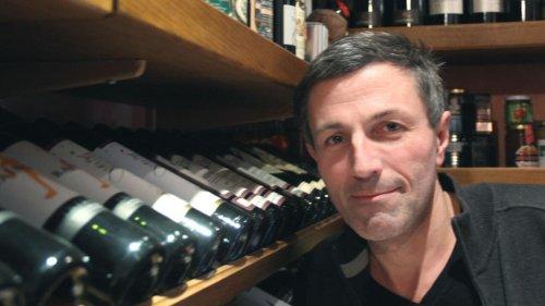 Invité du matin - Pierrick Bourgault, auteur de livres et guides sur les bars et cafés