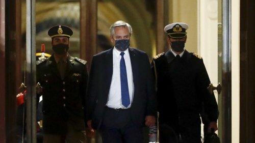 Cristina Kirchner impõe seus ministros e faz de Alberto Fernández um presidente sem autoridade
