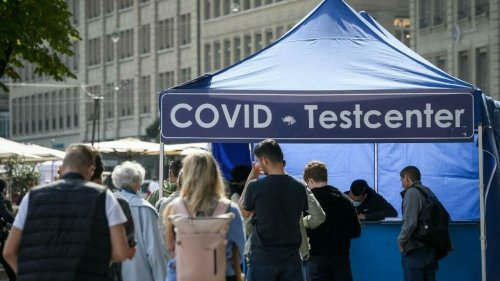 Covid-19: en Suisse, des entreprises proposent des tests à bas coût