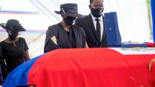 Haïti: les funérailles du président Jovenel Moïse dans l'émotion et sur fond de tension
