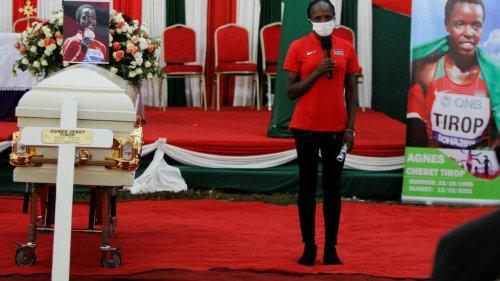 Tristesse et colère au Kenya pour les funérailles de l'athlète kényane Agnes Tirop