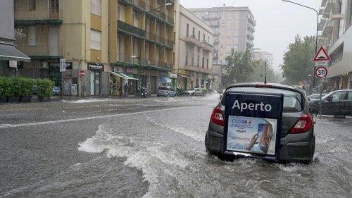 Italie: la Sicile frappée par un cyclone meurtrier, la ville de Catane ravagée