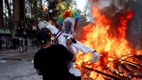 Commémoration du soulèvement social au Chili: des manifestations avec les mêmes revendications