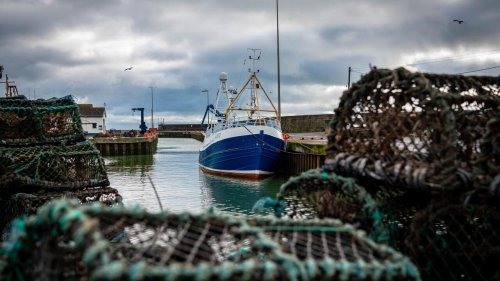 France prepares sanctions as fishing dispute with UK deepens