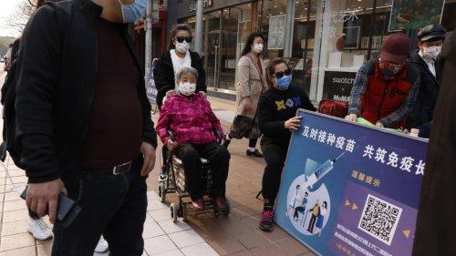 Reportage international - Covid-19: en Chine, l'immunité à marche forcée