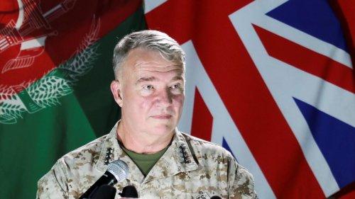 Les États-Unis menacent de continuer les frappes si les talibans poursuivent leurs attaques