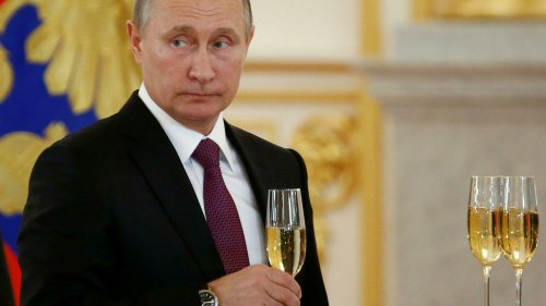 Bubbly relations restored as French Champagne houses end Russia boycott