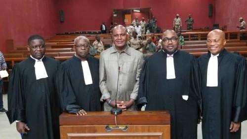 Gabon: l'opposant Bertrand Zibi Abeghe de nouveau devant la cour d'appel de Libreville