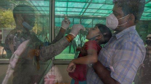 Covid-19 en Inde: la deuxième vague touche particulièrement les jeunes