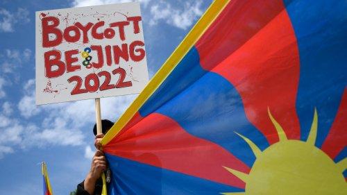 «Boycottez Pékin 2022»: des militants pro-Tibet arrêtés en Grèce avant l'allumage de la flamme