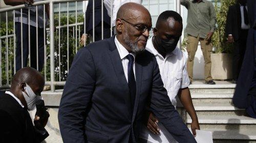 À la Une: le Premier ministre haïtien renvoie le Conseil électoral provisoire