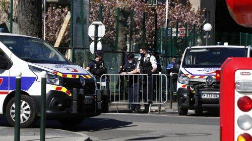 Débat du jour - Loi antiterroriste et tournant sécuritaire, cela va-t-il trop loin?