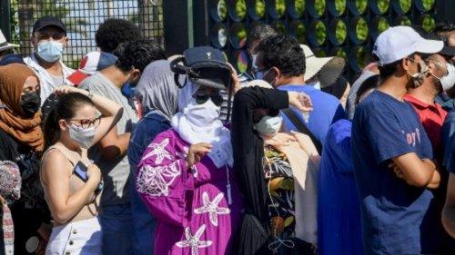 En Tunisie, les citoyens s'organisent pour pallier le manque de moyens face au Covid-19