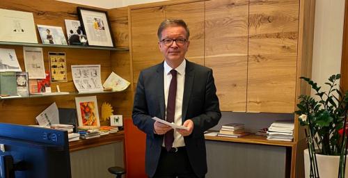 Ministrul austriac al sănătăţii demisionează, declarându-se surmenat în contextul pandemiei de COVID-19