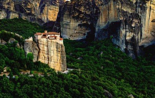 Reguli pentru turiștii care călătoresc în Grecia