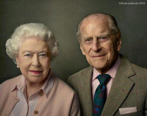 """Regina Elisabeta își va relua îndatoririle după moartea Prințului Philip, dar """"nu singură"""""""