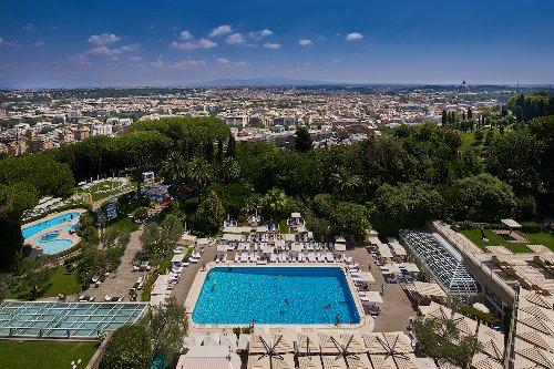 L'estate al Rome Cavalieri, A Waldorf Astoria Hotel con la dolce brezza del ponentino romano