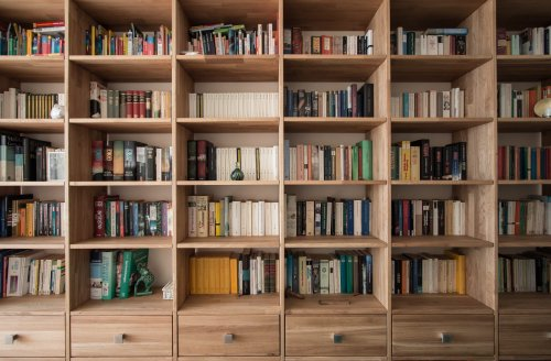The Best Bookshelves to Upgrade Your Reading Space