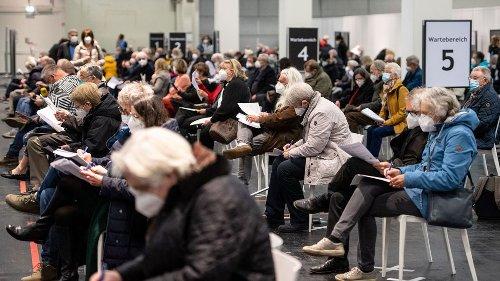 Enormer Schub in NRW: Ansturm der über 60-Jährigen auf Impfung mit Astrazeneca