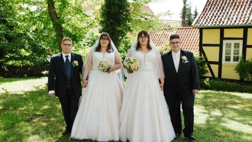 Glück im Doppelpack: Zwei eineiige Zwillingspaare haben geheiratet
