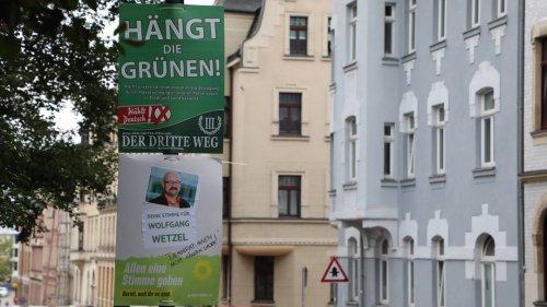 Zwickau: Umstrittene Hassplakate müssen doch abgehängt werden