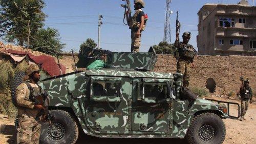 Kampf gegen die Taliban: Regierung beschließt Ausgangssperre