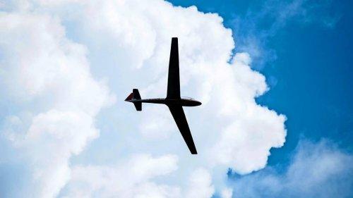 Kleinflugzeug in Rheinland-Pfalz abgestürzt - Ein Mensch tot