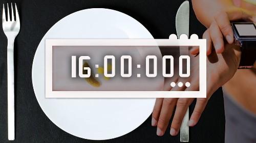 16 Stunden ohne Essen: Was bringt Intervallfasten?