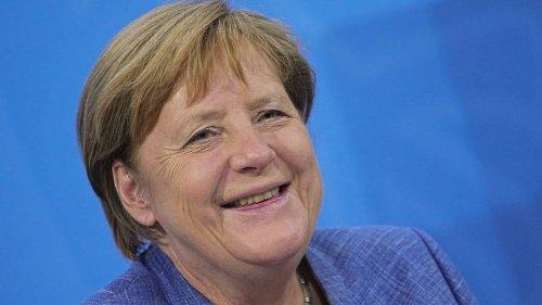 Merkel: Luftverkehr auf erneuerbare Energiequellen umstellen – so schnell wie möglich