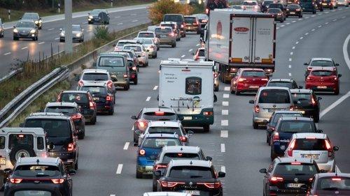 Staugefahr am Wochenende: Viel Rückreiseverkehr auf Autobahnen